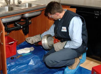 cleaning kitchen sink drain